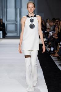 giambattista-valli-printemps-ete-2015